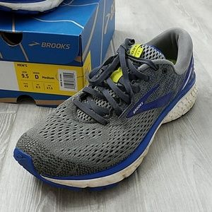 Mens Ghost 11 running shoes